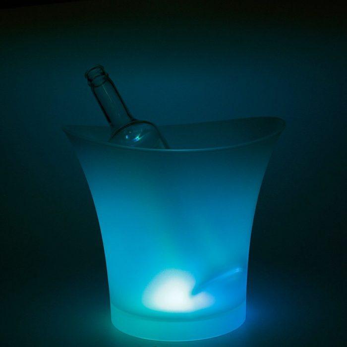 כלי דקורטיבי לקירור משקאות עם נורות לדים מחליפות צבעים
