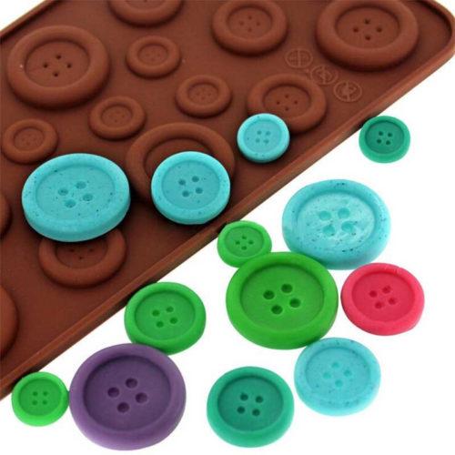 תבנית להכנת שוקולדים בצורת כפתורים