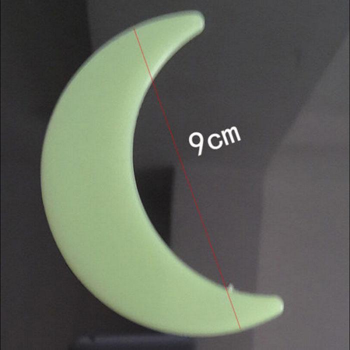 כוכבים זוהרים בחושך (סט של 100 יח') + מדבקת ירח זורח