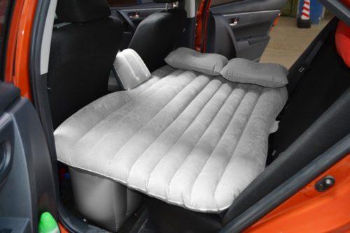 מזרון טיולים מתנפח למושב האחורי של הרכב כולל משאבה חשמלית וכריות