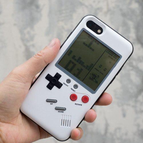 מגן אייפון עם משחקים מהעבר
