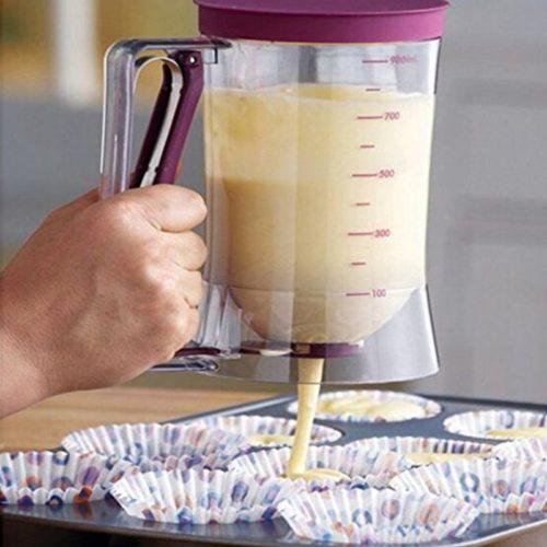 """כלי למזיגה מדויקת של נוזלים לבישול, הכנת פנקייקים ועוד (900 מ""""ל)"""