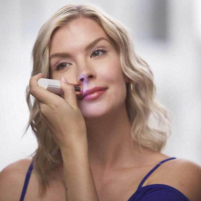מסיר שיערות מהפנים ומהגוף ללא כאב בצורת ליפסטיק - קומפקטי ונוח לשימוש