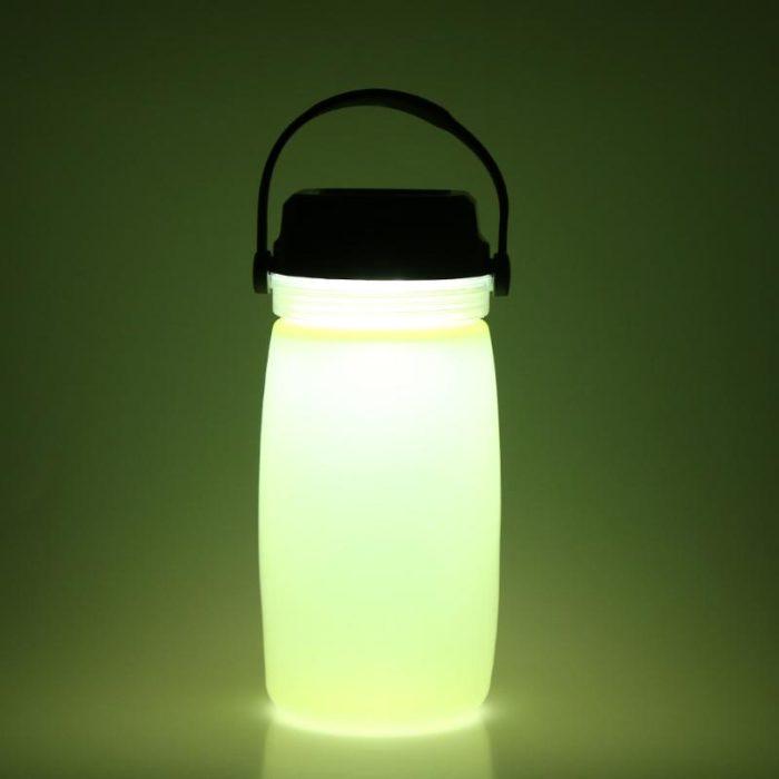 כוס שתייה עם תאורה סולארית מובנית