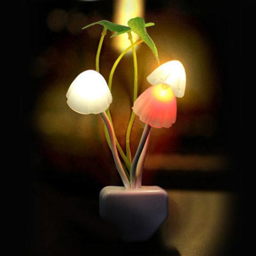 מנורת לילה בצורת פטריות יער