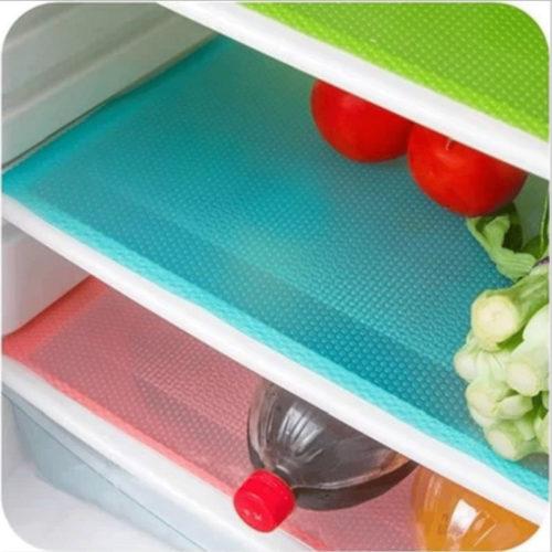 כיסויים אנטי בקטריאליים ודוחי מים למדפי המקרר