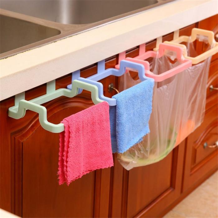 תוספת לארון המטבח להחזקת שקיות לזבל ומגבות