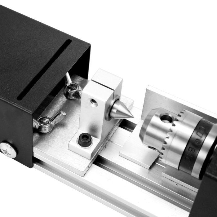 מכשיר חשמלי לעיצוב, שיוף וחיתוך עץ