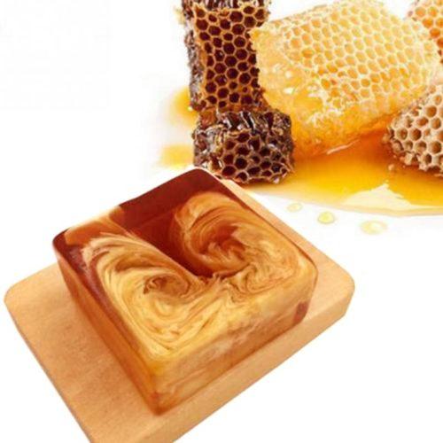 סבון טבעי המיוצר מדבש דבורים וכולל ויטמינים חיוניים לעור הגוף