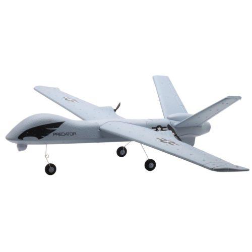 צעצוע מטוס על שלט נטען לטיסות מקצועיות