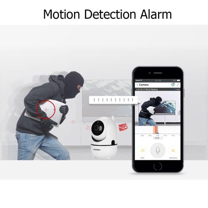מצלמת אבטחה לבית העוקבת אחרי תזוזות באופן אוטומטי
