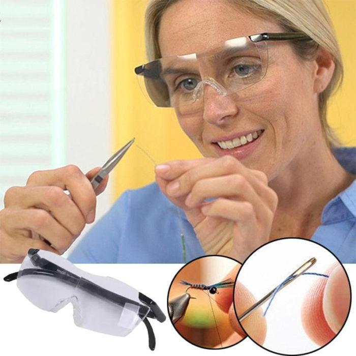 משקפי זכוכית מגדלת לקריאה ועבודה