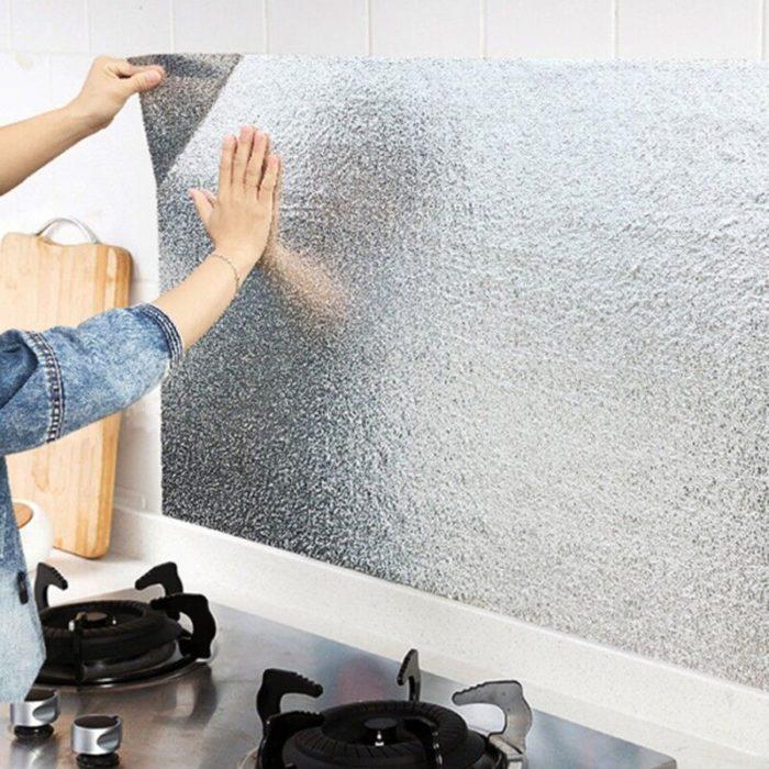 סטיקר אלומיניום להגנה על קירות הבית והמטבח