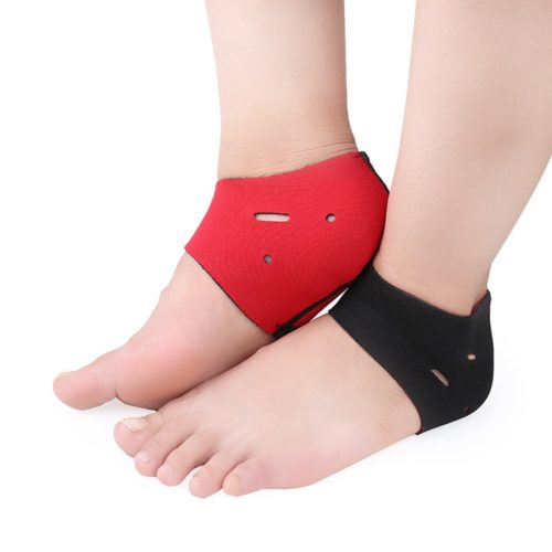 גרביים אורטופדיות מיוחדות להקלה על כאב דורבן ברגל