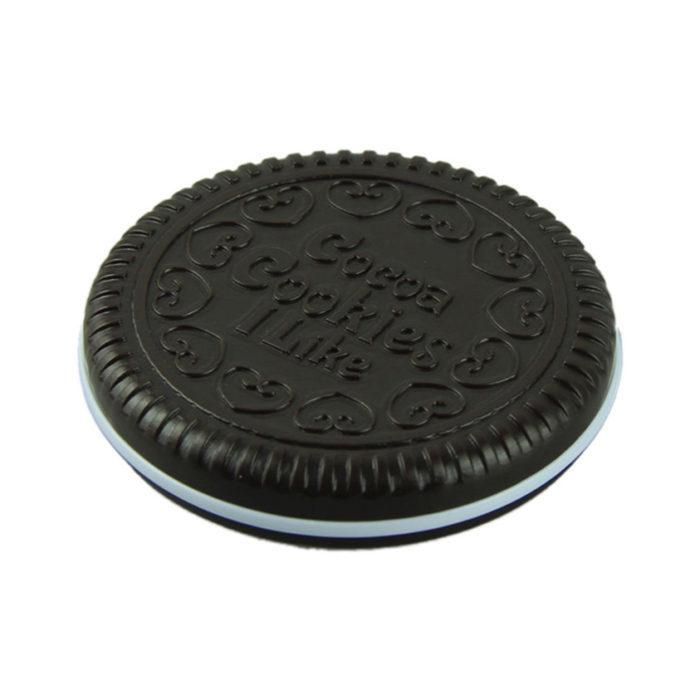מיני מראה בצורת עוגיית שוקולד עם מסרק מובנה