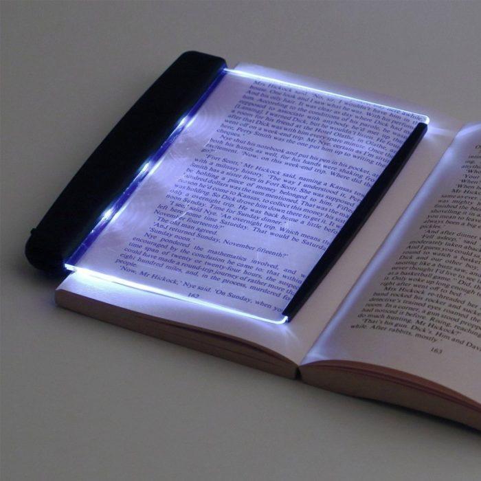 פאנל לד לתאורת דפי ספרים