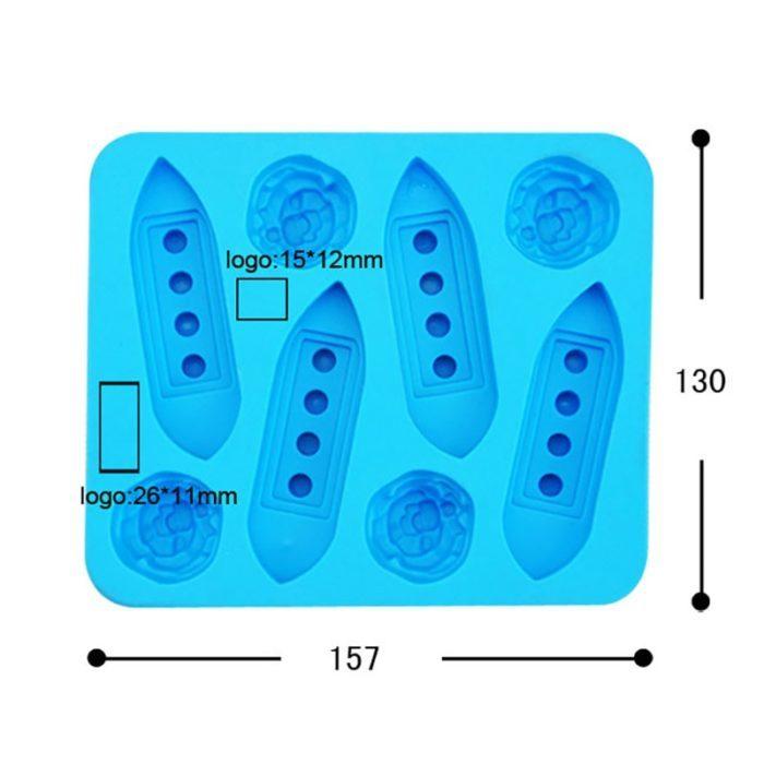תבנית להכנת קרח בצורת ספינת טיטאניק וקרחונים