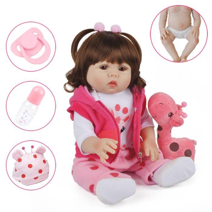 בובה תינוקת ריאליסטית עם מגוון אקססוריז לילדות