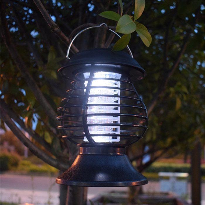 מנורה סולארית חסינת מים לחשמול יתושים וחרקים