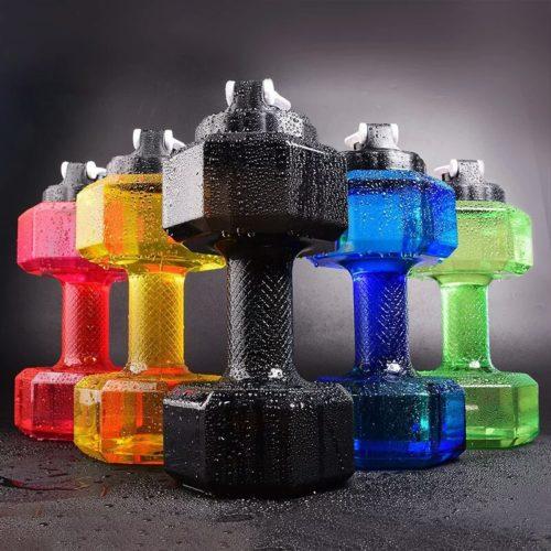 בקבוק שתייה בצורת משקולת לשתיה ושימוש כמשקולת לאימון