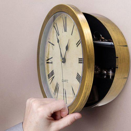 שעון עם כספת סודית מובנית