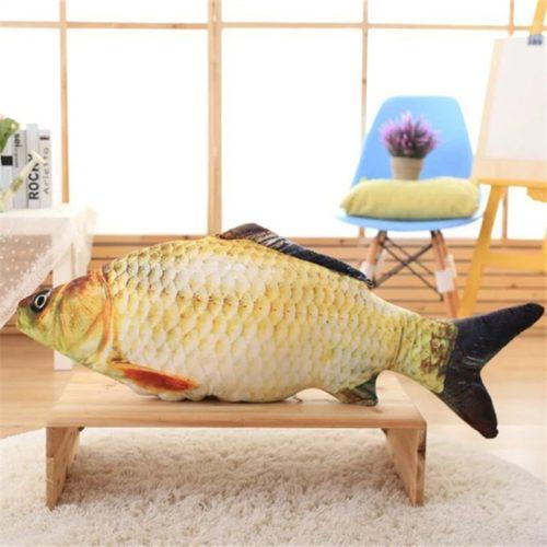 כרית בצורת דג מציאותי