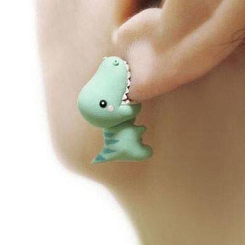 עגילים בצורת דינוזאור שנושך את האוזן