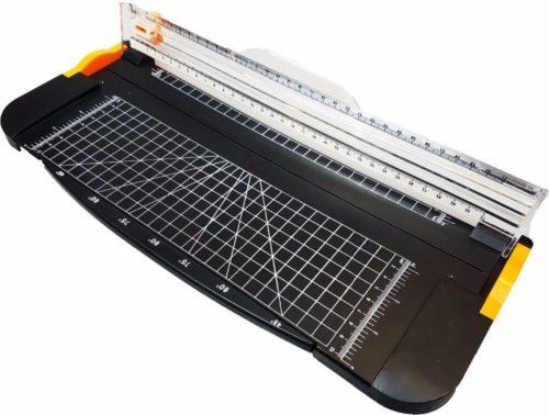 מכשיר לחיתוך מדויק של נייר ותמונות