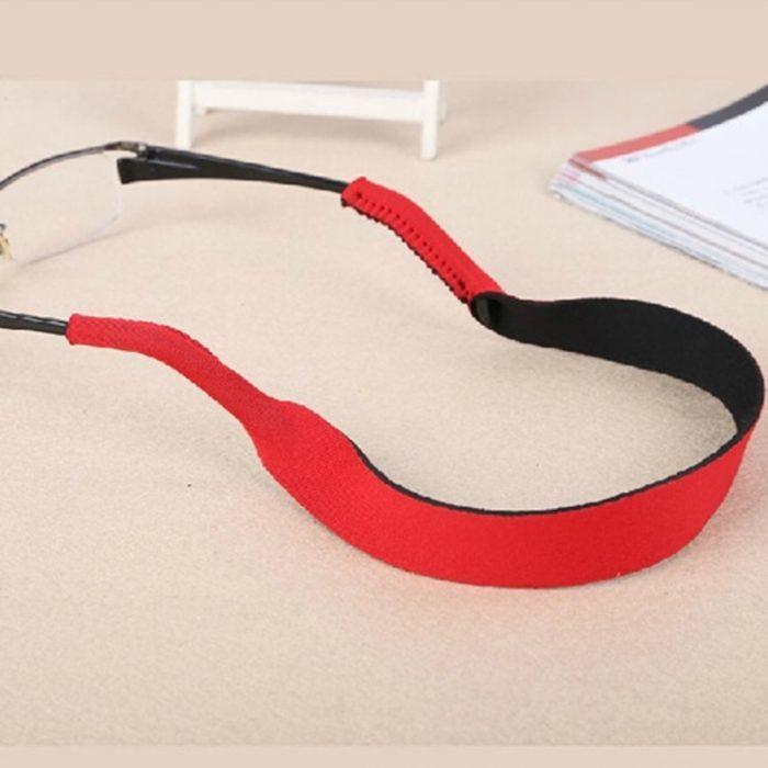 רצועת ספורט אלסטית למשקפיים להשארת המשקפיים על הראש בזמן פעילות