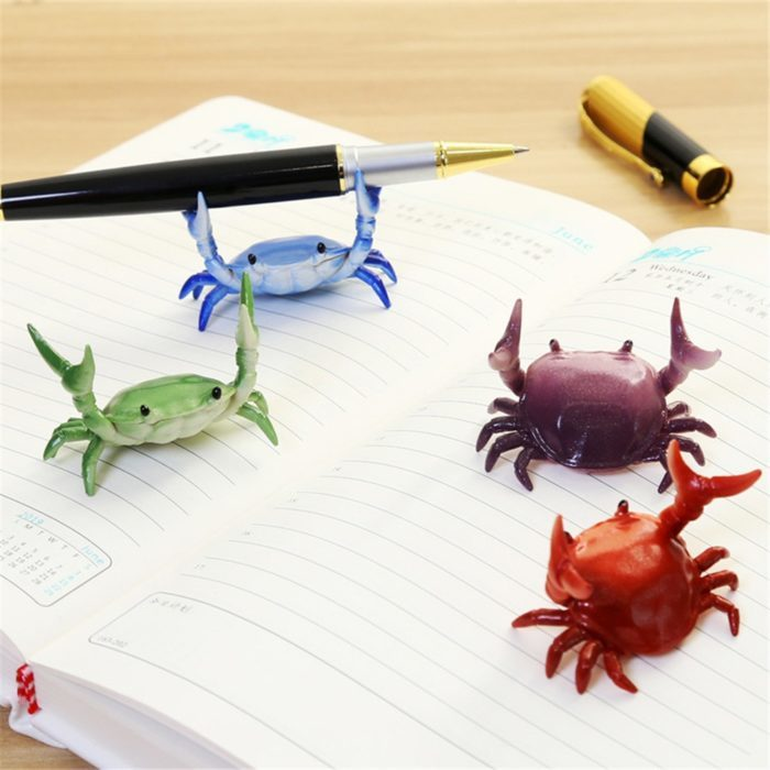 מחזיק עטים מצחיק למשרד בצורת סרטן