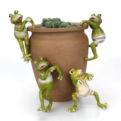 סט פסלוני צפרדע לגינה (4 יח')