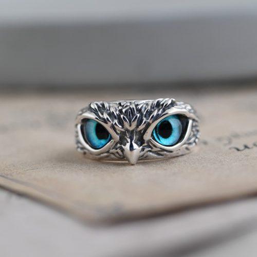 טבעת בצורת עיני ינשוף כחולות