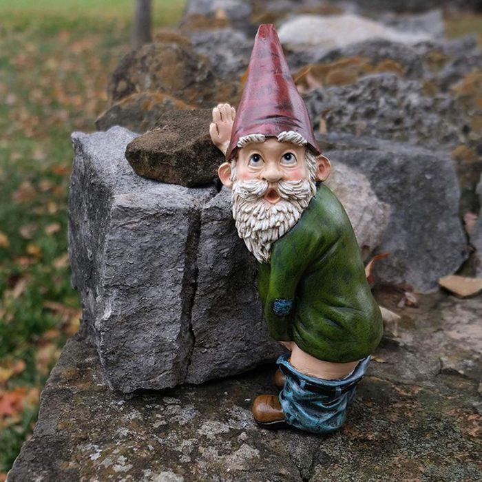 פסל גמד מצחיק לבית ולגינה