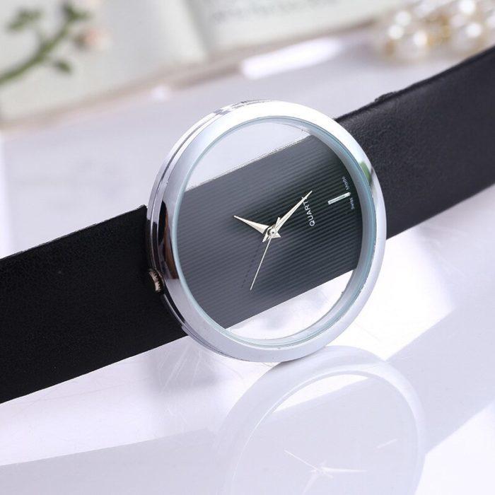 שעון יד בעיצוב מופשט לנשים